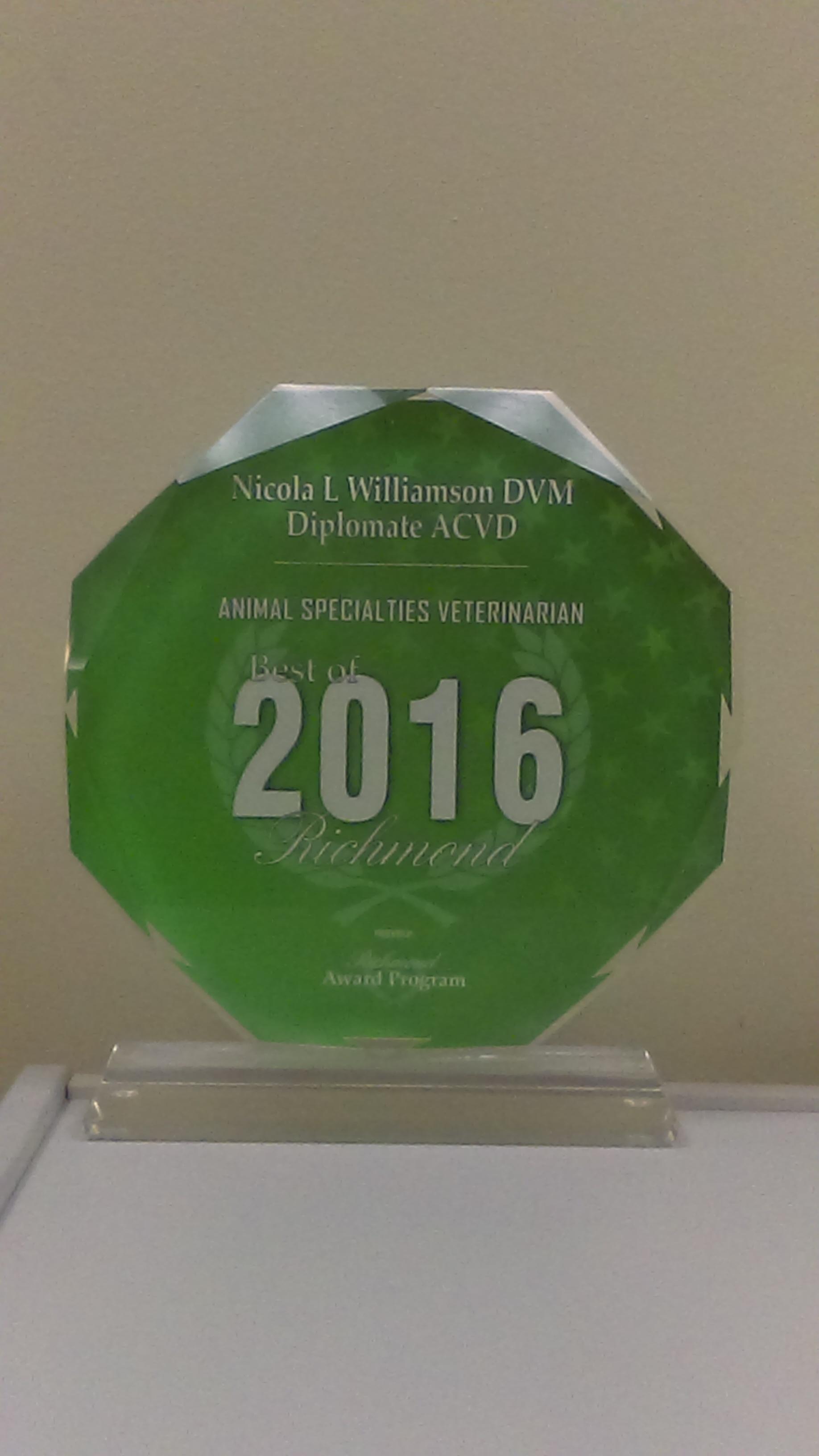 2016 Animal Specialties Veterinarian Award to Dr. Nicola Williamson